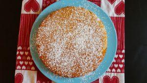 torta all'arancia con zucchero a velo